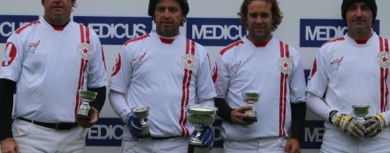 Abierto del Jockey Club tem apenas quatro equipes