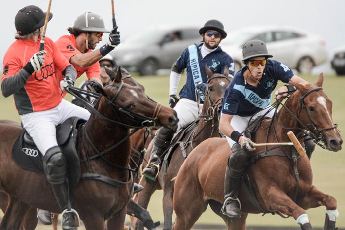 São José Polo e Hípica Polo se enfrentaram na primeira rodada (crédito/30jardas.com.br)
